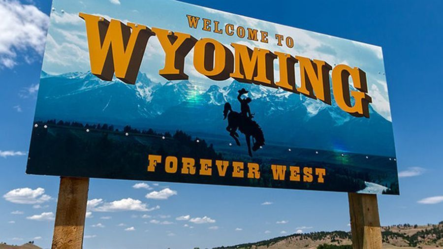 Cynthia Lummis appointed Bitcoin supporter Crypto Cowboy Tyler Lindholm as Wyoming's policy director.